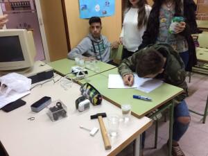 Formación Profesional Básica. Experimentos en la clase de ciencias. Abril 2016